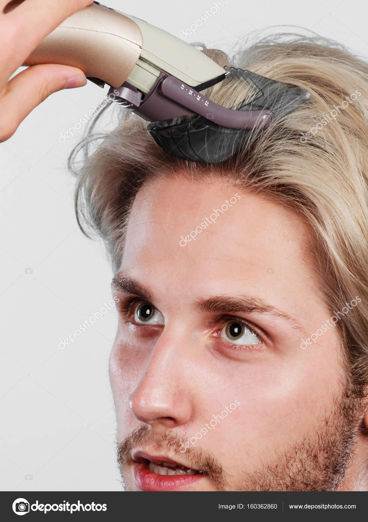 Cortar cabello uno mismo hombre