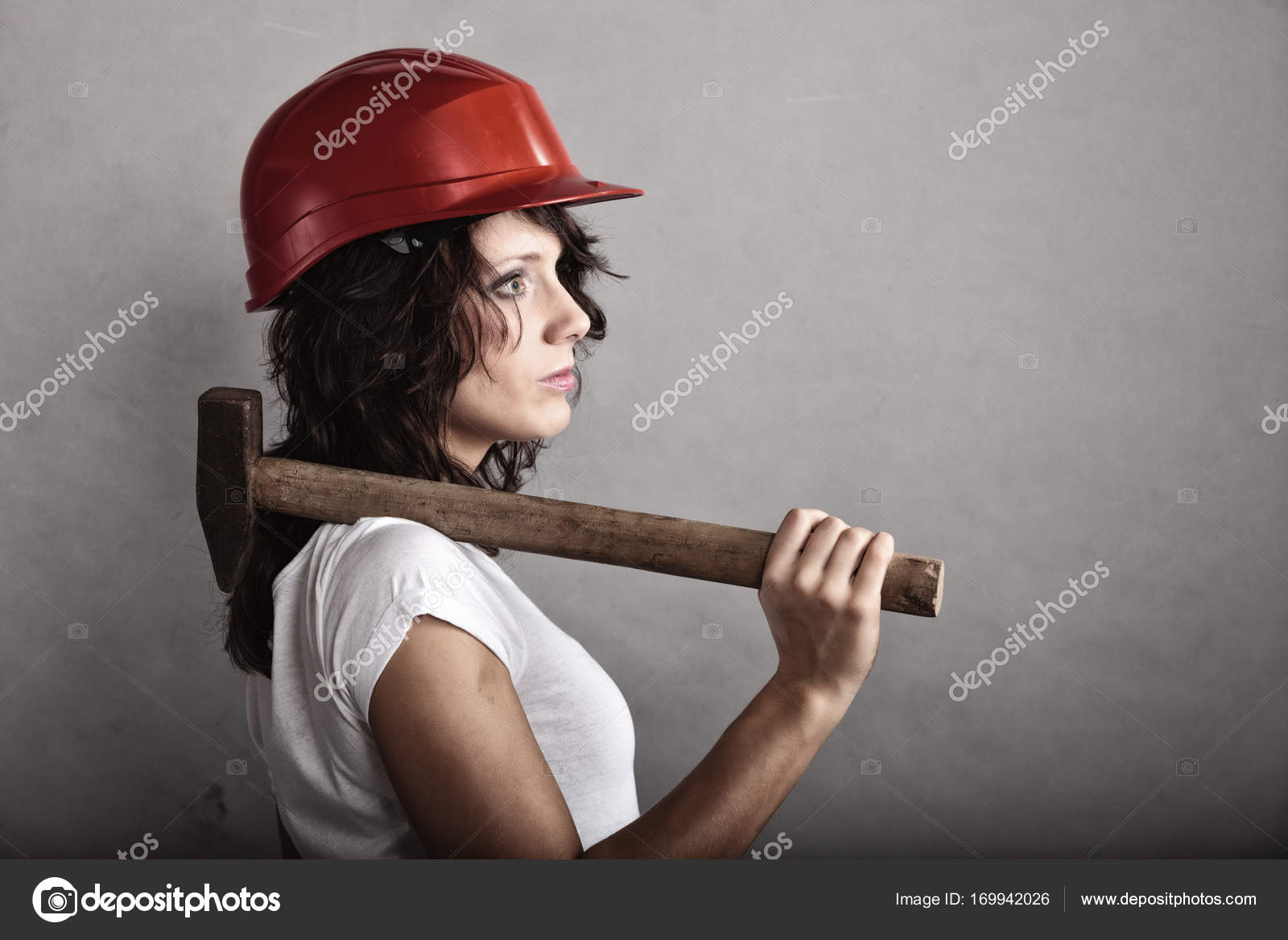 Секс с девушкой в шлеме