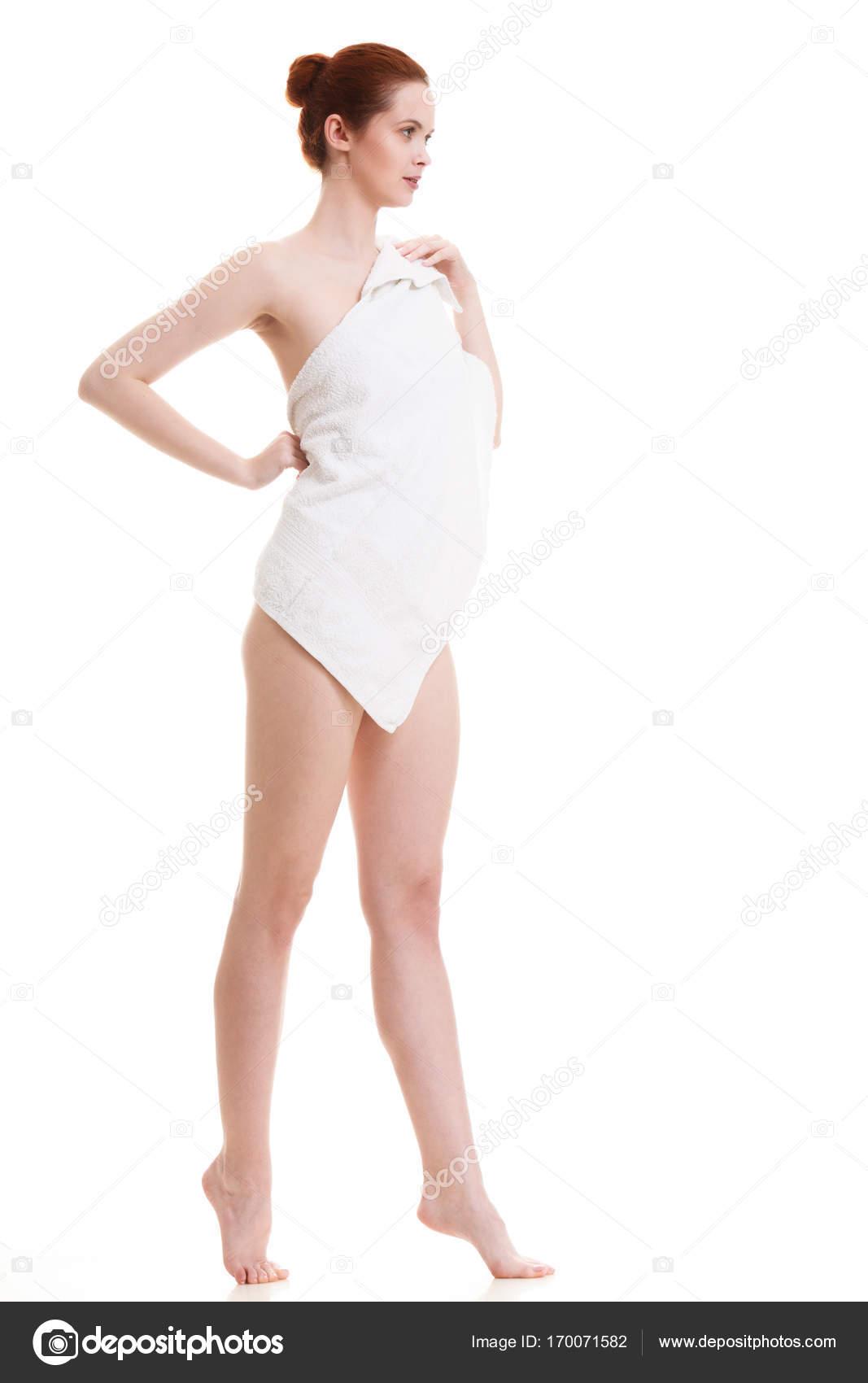 Много девиц голых видеть — означает ложь, мужчине красивую голую женщину видеть — означает много радости и удачу, старуху голую — к печали, отчаянию, мужчине мужчину голого видеть — означает открыть тайну.