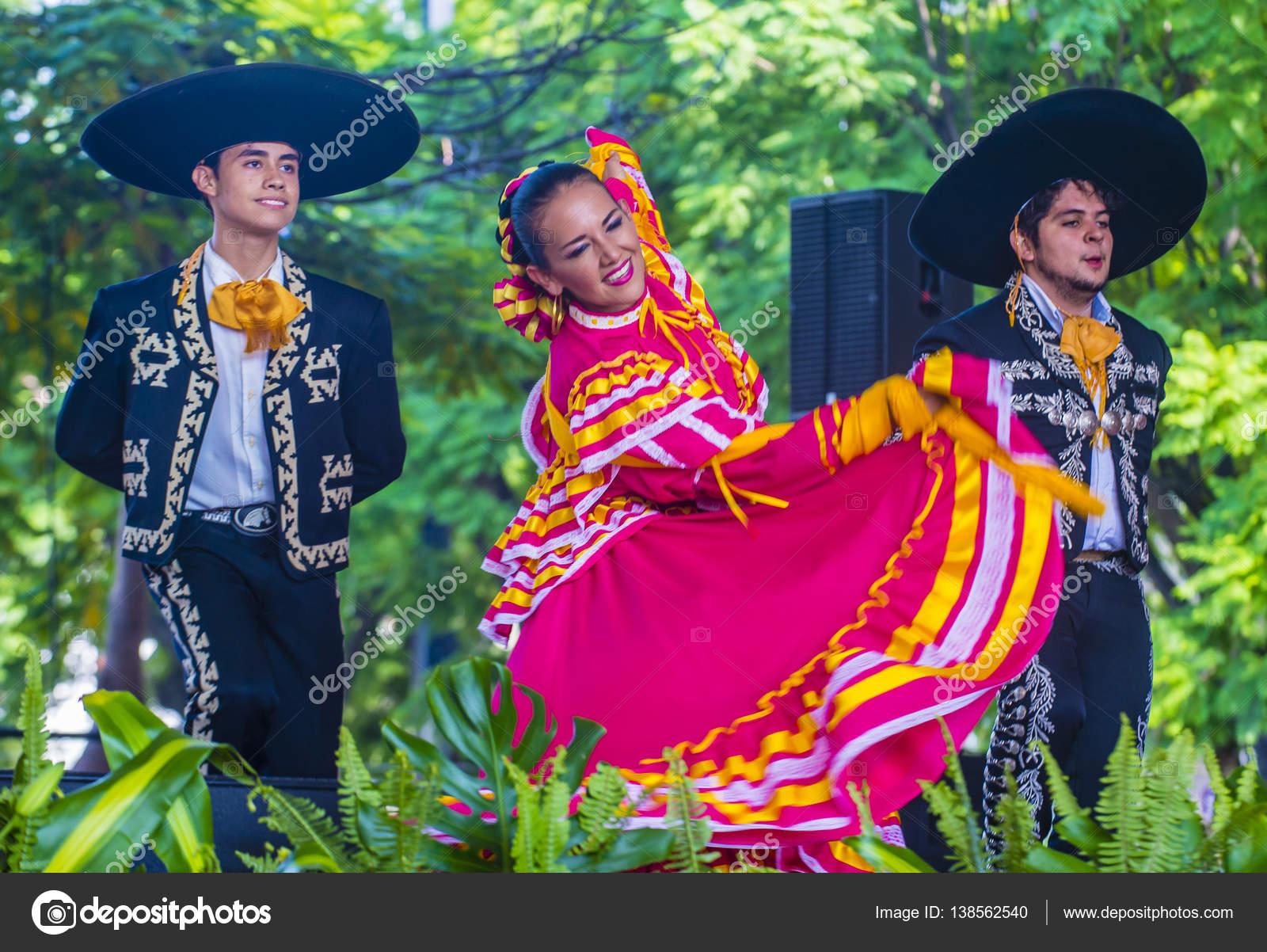 Imágenes Niños Vestidos De Charros Festival Internacional