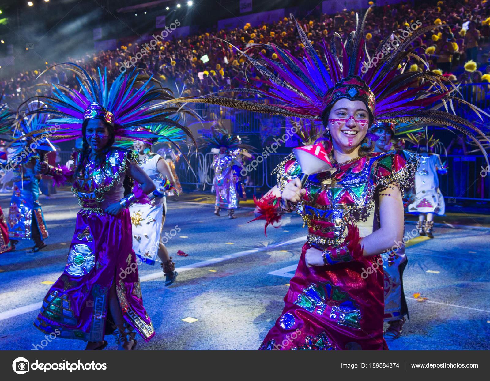 2018 Chingay Parade Foto Editorial De Stock C Kobbydagan 189584374