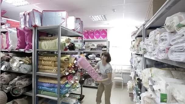 Склады розничной торговли ткани