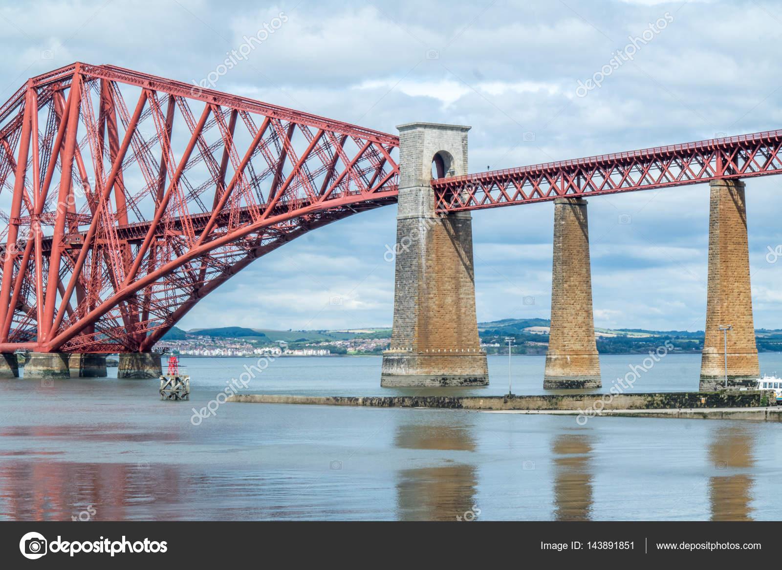"""Резултат с изображение за """"Открит е Квебекският мост"""""""""""
