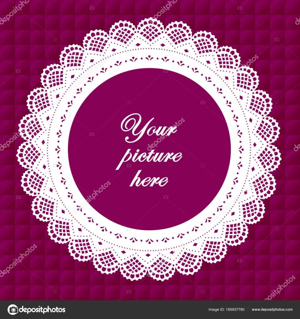 Encaje tapetito Vintage marco sobre fondo lavanda violeta acolchado ...