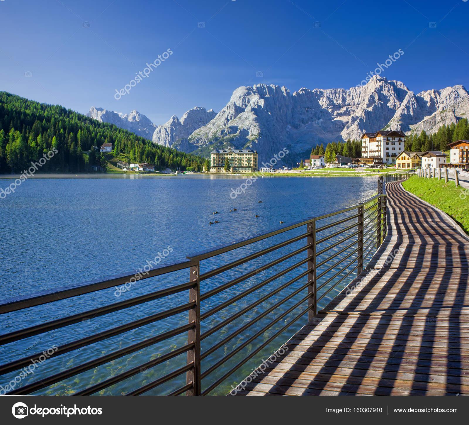 Lago di misurina in italia foto stock johny007pandp for Bagno a ripoli dove si trova
