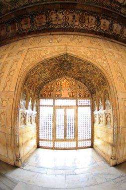 Musamman Burj - White Palace