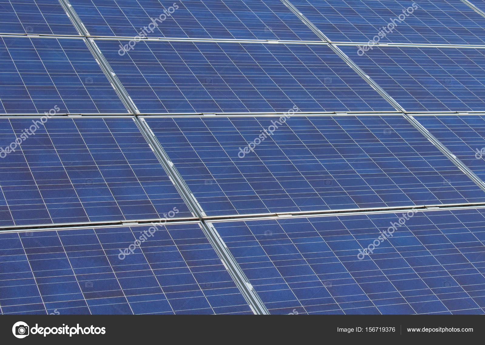 Foto detallada para paneles solares fotovoltaicos en marco del metal ...