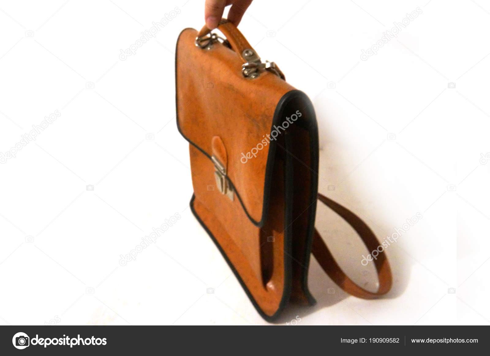 aa0c21ca0 Bolsa en la mano, mano, cartera de cuero marrón Vintage, cartera vintage, cartera  marrón, bolso de escuela, bolso viejo, bolsa vieja, vintage soviético, ...