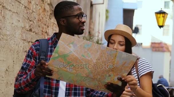 Mapa podniku pár na ulici