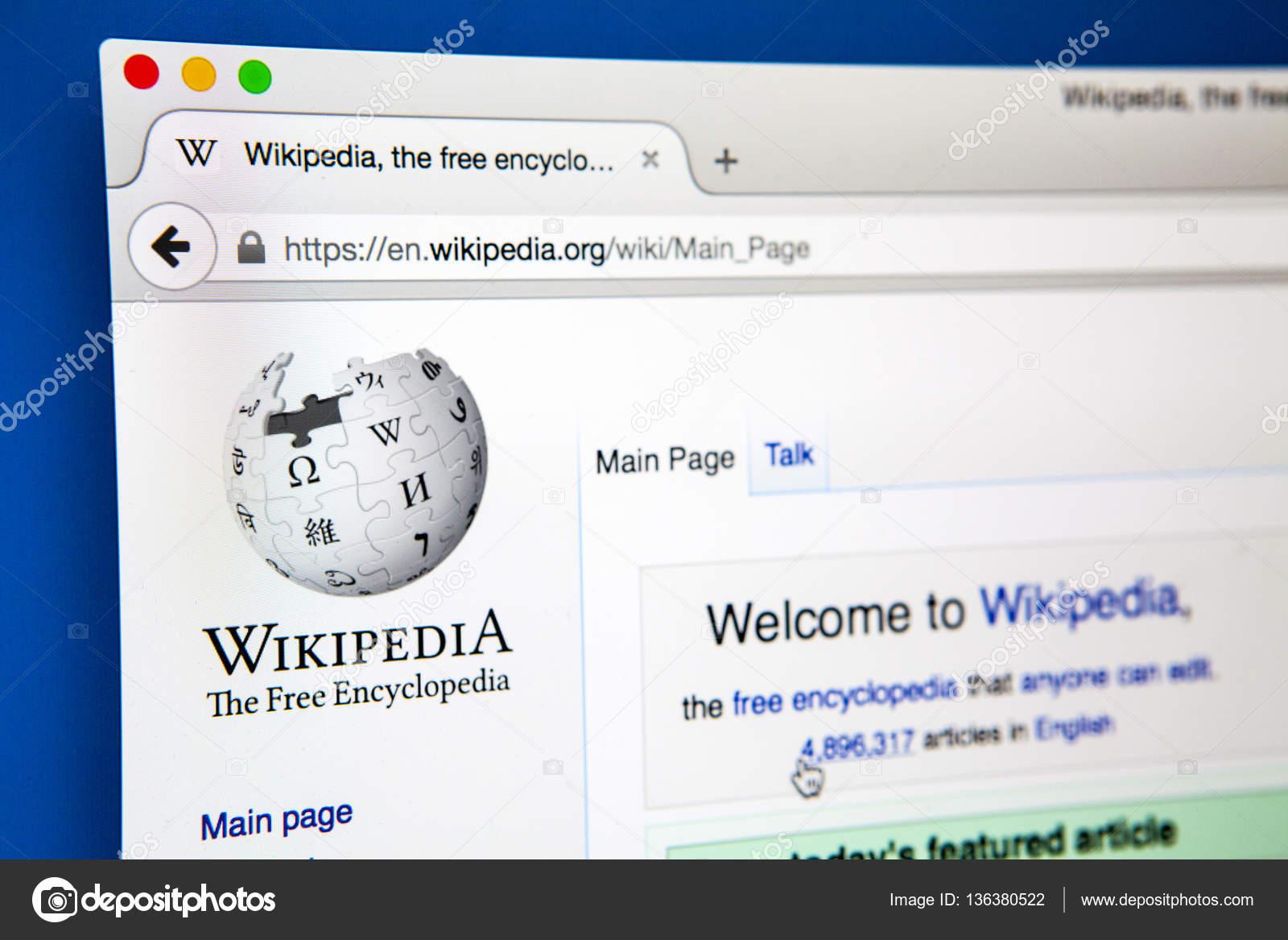 Looking on Wikipedia – Stock Editorial Photo © chrisdorney #136380522