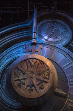 Harry Potter Clock Tower Pendulum