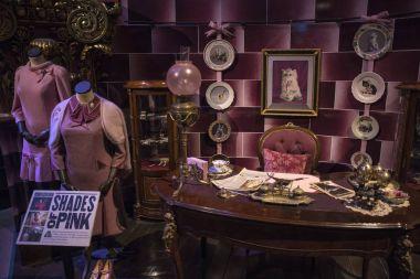 Dolores Umbridge Costumes and Props