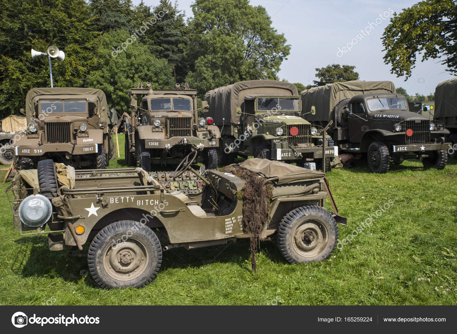 American Military Vehicles from World War Two – Stock