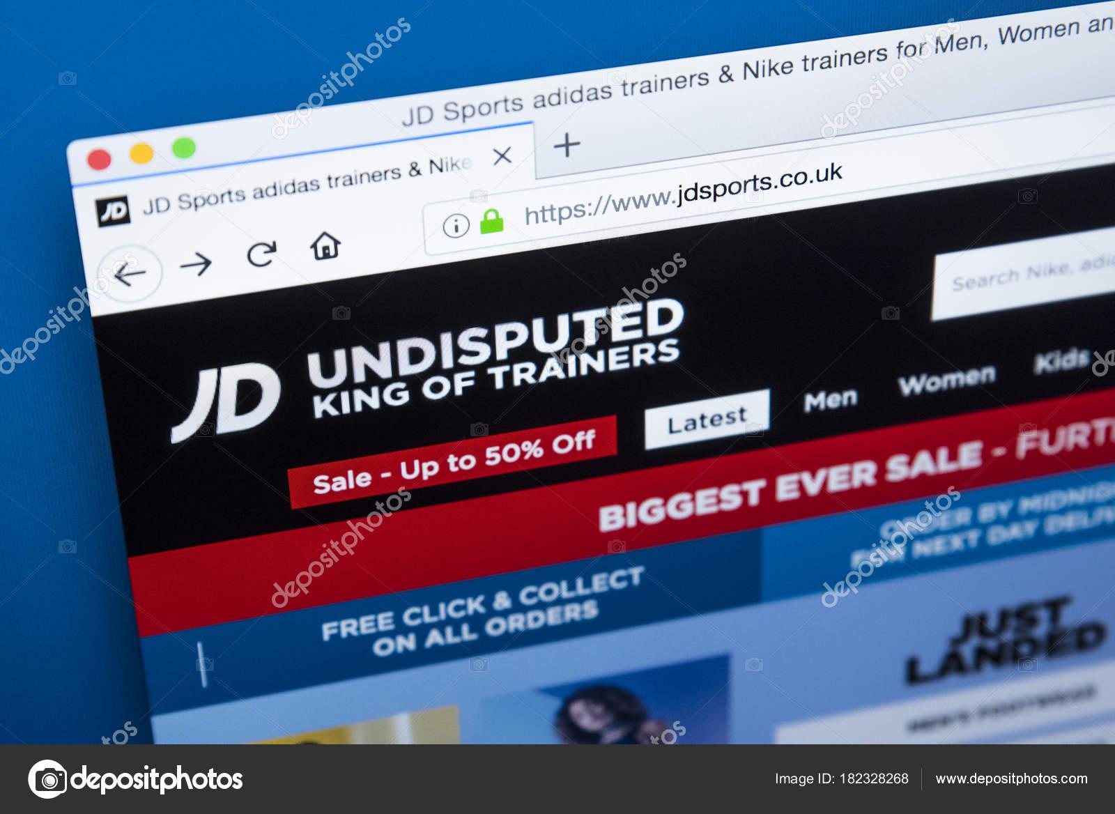 8aa24d0832 Site de esportes do JD — Fotografia de Stock Editorial © chrisdorney ...
