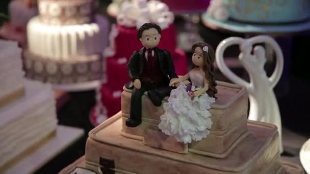 Pár figurky na dort