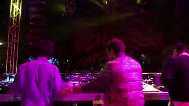 DJ tábla timelapse