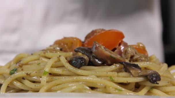 Close up seasoning spaghetti