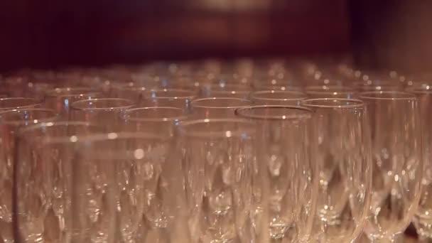 sada prázdná sklenice