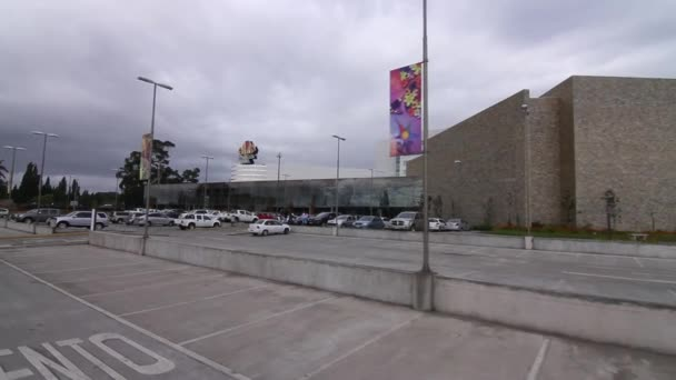 budování parkoviště exteriér