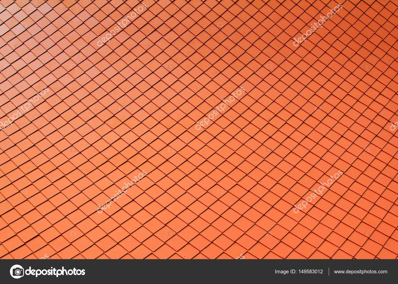 Piastrelle a motivi geometrici decorano il tetto u foto stock