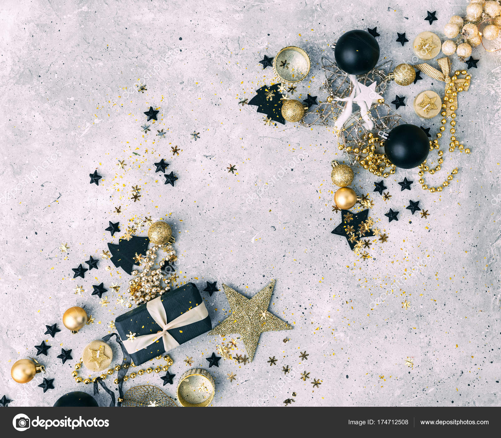 Black Gold Christmas Decorations Gift Box — Stock