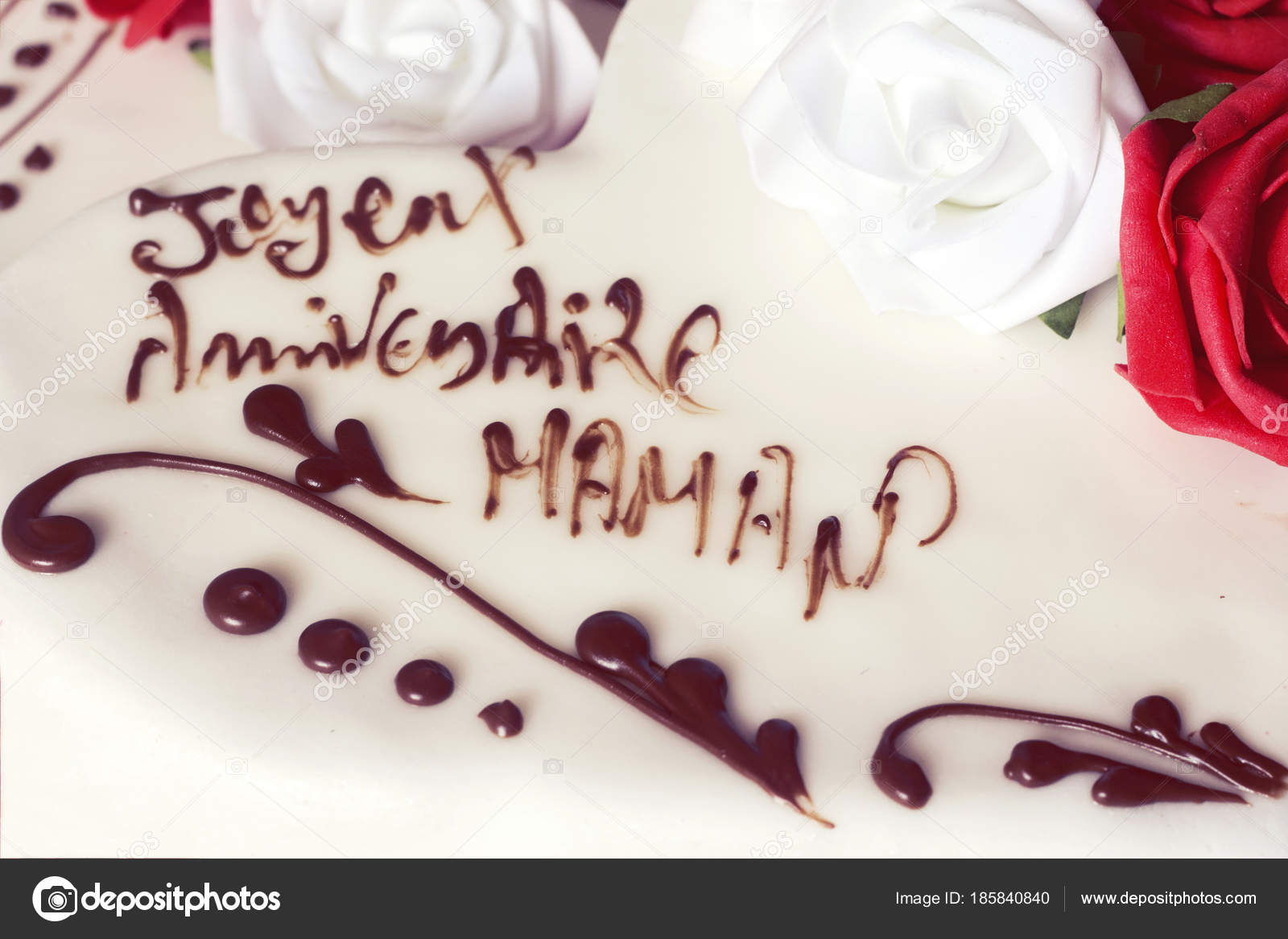 Fantastic Pictures Happy Birthday Mom Cake Beautiful Delicious Cake Happy Funny Birthday Cards Online Eattedamsfinfo