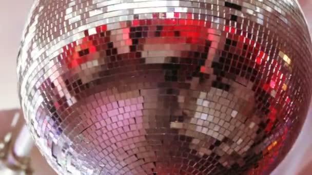 Disco labdát a bankett