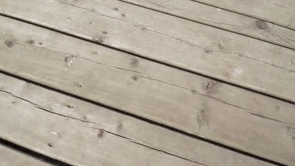 Dřevěná silniční plošina