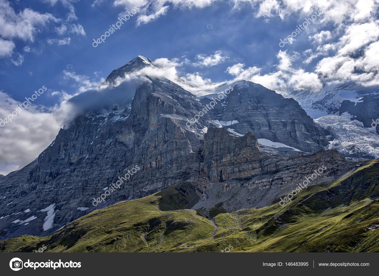 Eiger em bernese oberland stock photo rb3legs 146483995 eiger em bernese oberland fotografia de stock reheart Choice Image