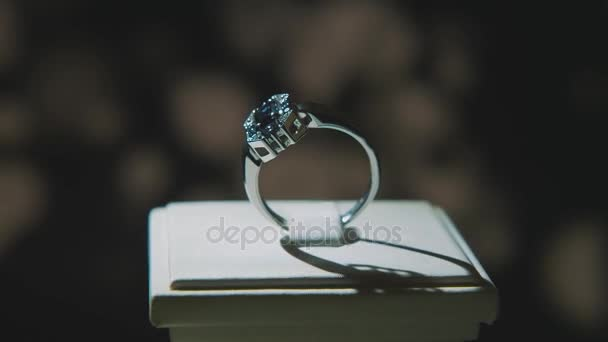 fine pedant isolated ring rings luxury jewellery diamond display brilliant download precious gold with window