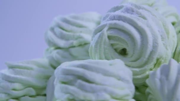 Carta Da Parati Rosa Bianca : Sacco di piccoli marshmallow. caramelle gommosa e molle su priorità