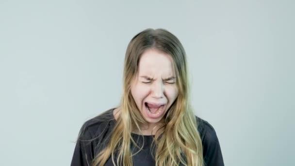 Красивейшая громко кричит #1