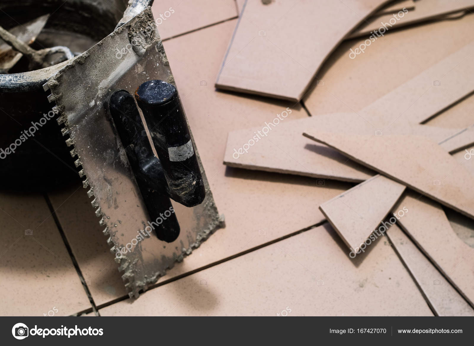 Come riparare le piastrelle rotte