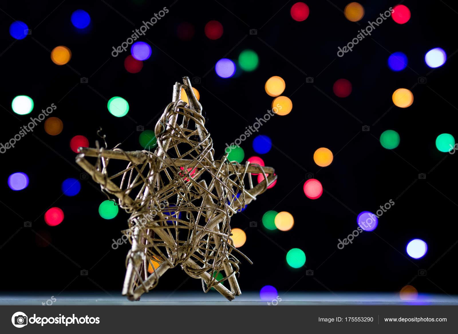 Stella Di Natale Legno.Una Stella Di Natale Celebrativa Su Un Tavolo Di Legno Natale