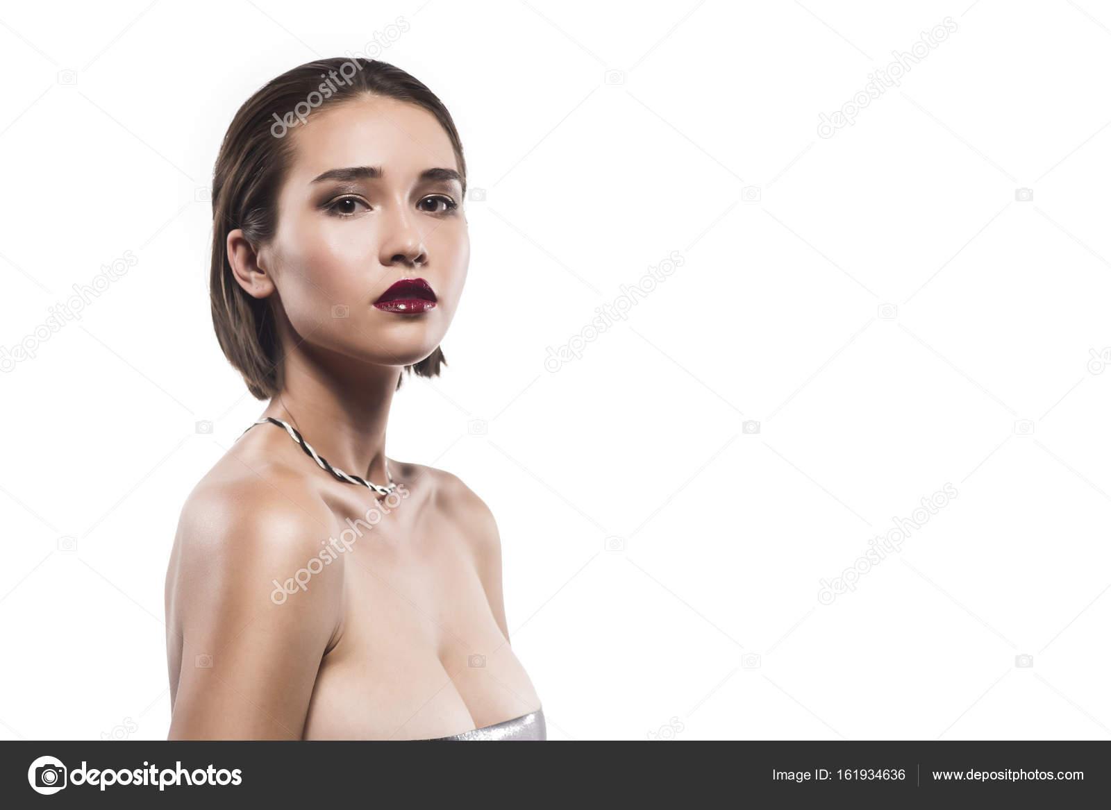 mladé dámy nahé fotky