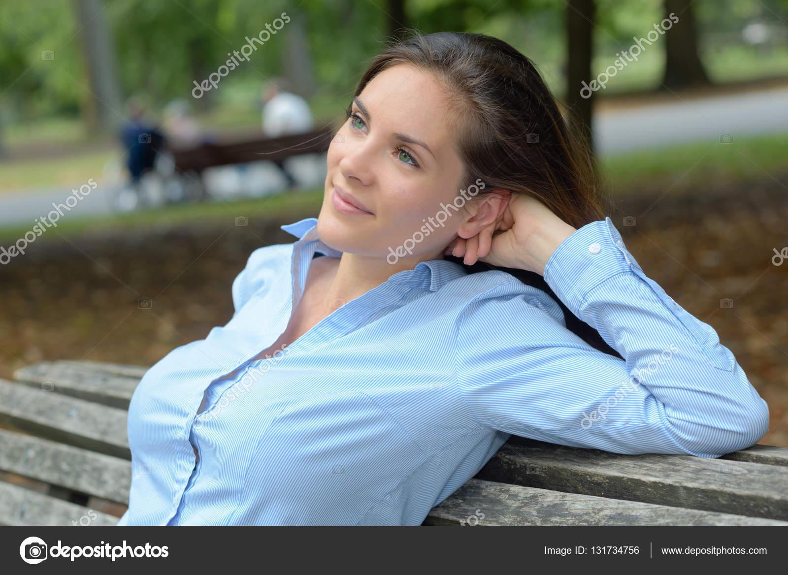 ώριμη κυρία σύριγγες γοτθικό γαμήσι από συμμορία πορνό