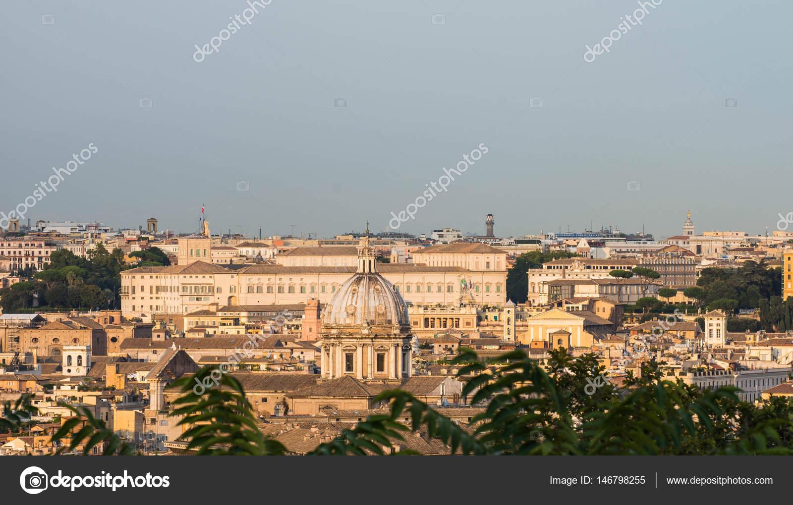 Quirinale aus Hügel Gianicolo, Rom, Italien — Stockfoto © horseman82 ...