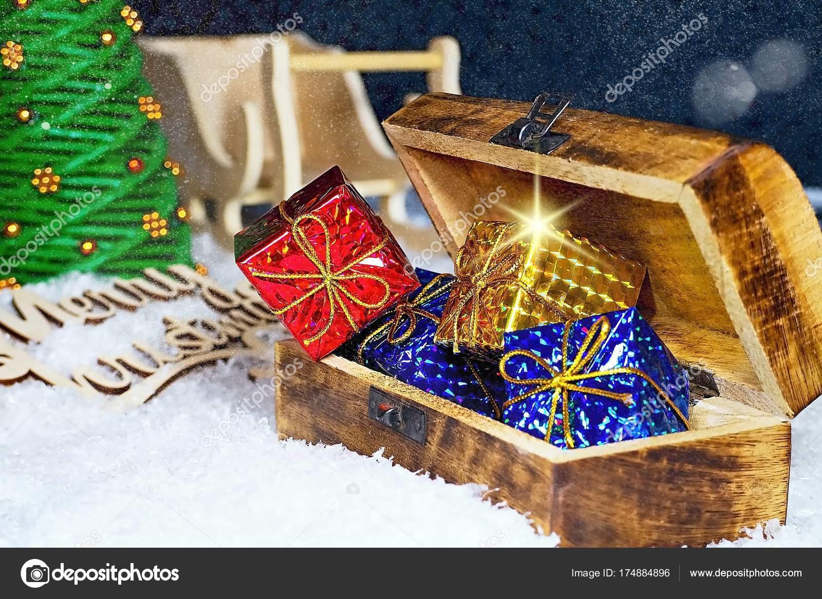 Weihnachtsgrüße Für.Weihnachtsgrüße Für Die Weihnachtszeit Schneeflocken Bedeckt Mit