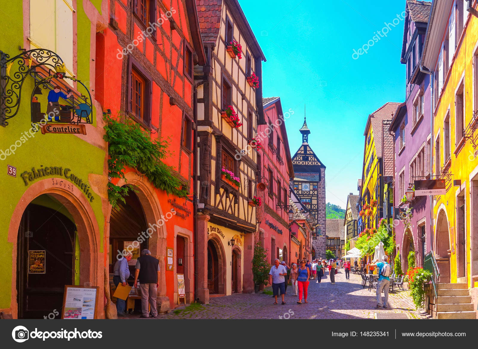 Colmar francia junio 23 2016 los turistas est n Colmar beauty and the beast