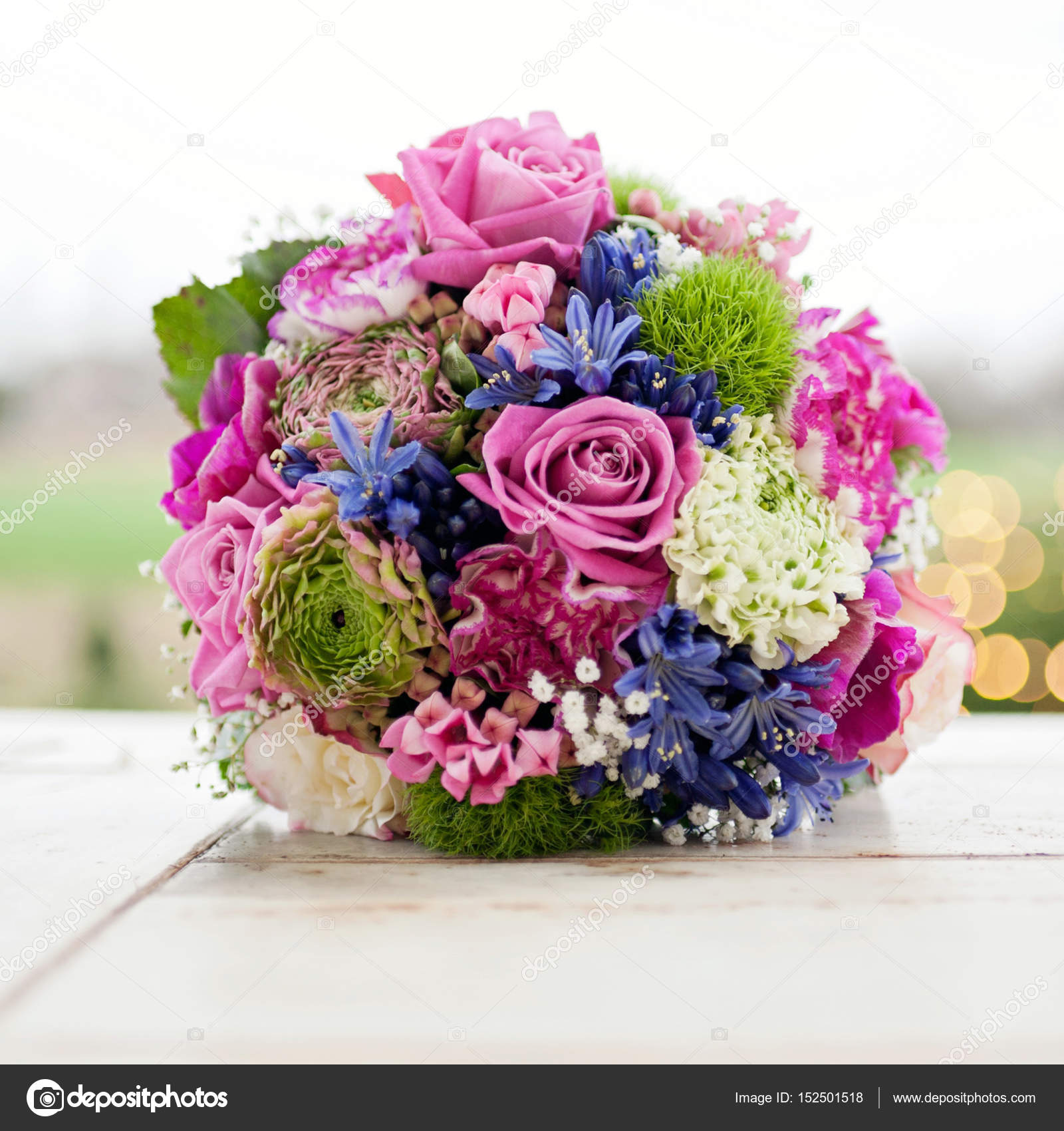 Bouquet Of Pretty Flowers Stock Photo Juhhamy 152501518
