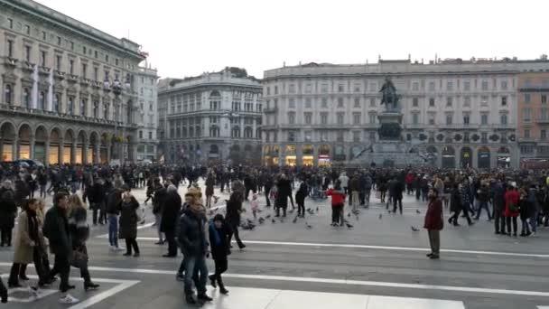 Piazza del Duomo a Milano, durante il periodo natalizio