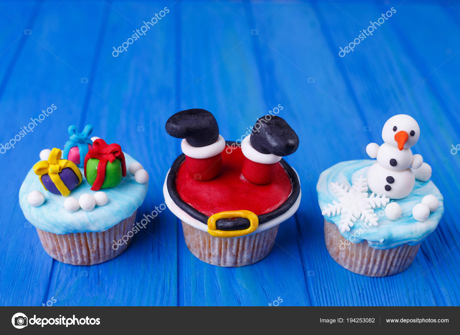 Christmas Themed Cakes Pictures.New Year Or Christmas Party Cupcakes Set With Funny