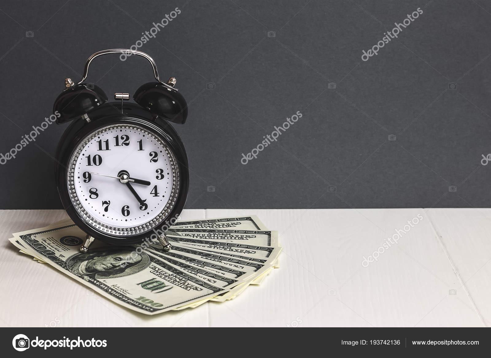 Schon Tempo E Dinheiro. Dólares Em Dinheiro. Pulso De Disparo De Alarme Retro E  Dinheiro