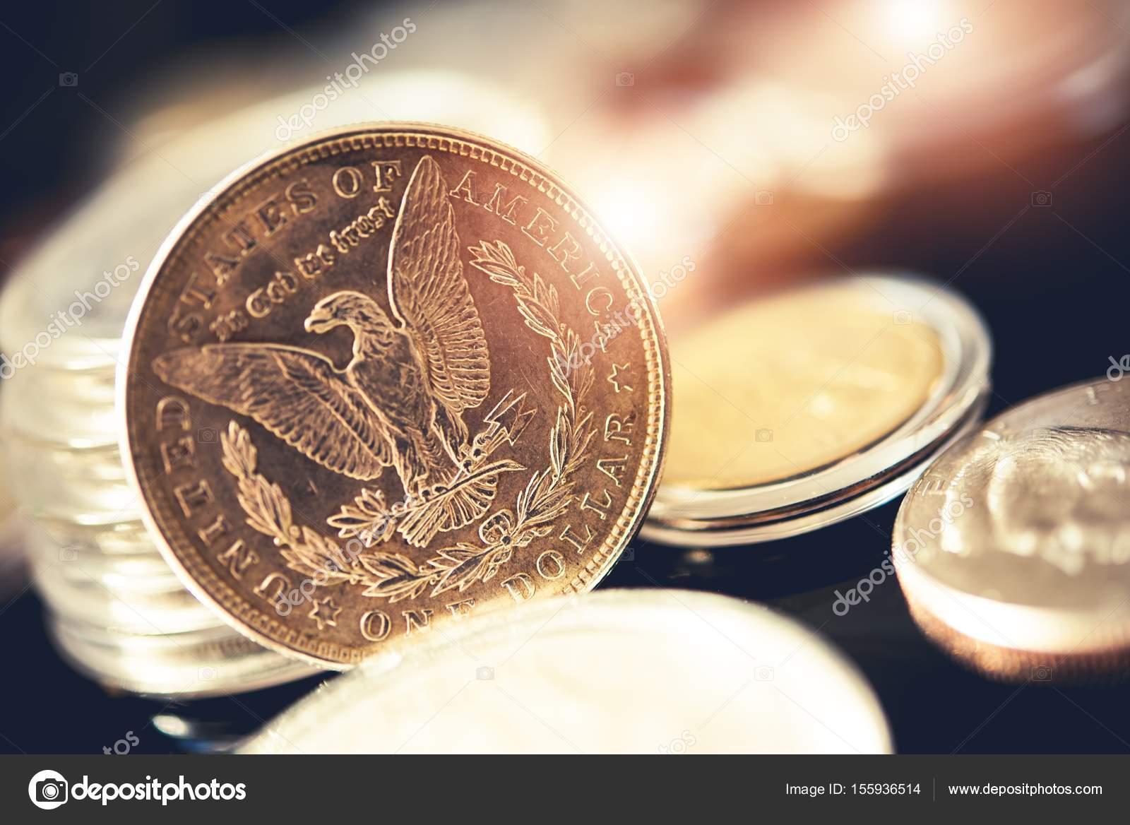 Amerikanischen Ein Dollar Münzen Stockfoto Welcomia 155936514