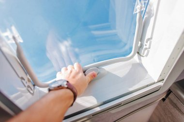 RV Roof Vent Air Circulation