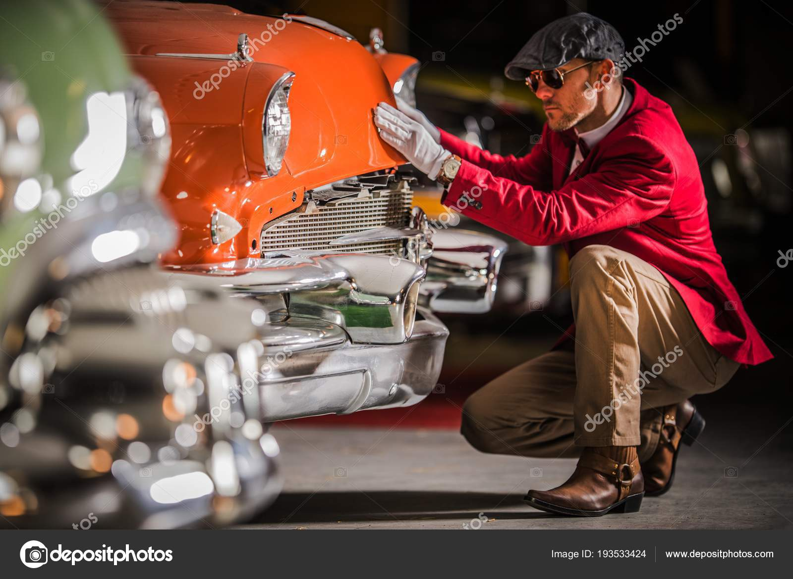 American Classic Car Appraisal — Stock Photo © welcomia #193533424