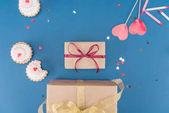 Fotografia torte e scatole regalo