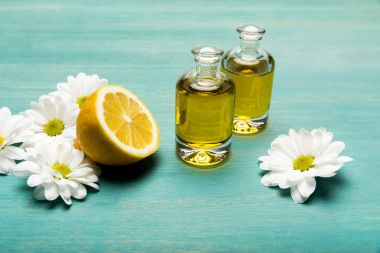 Essential oil with lemon and chamomiles