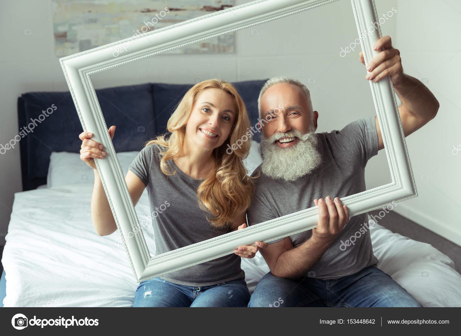 medio de pareja con marco blanco — Foto de stock © SashaKhalabuzar ...