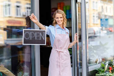 florist with open sign